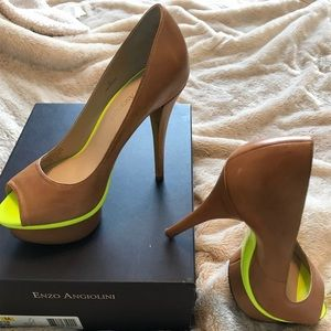 Enzo Angiolini Platform Nude Pumps W/ neon accent